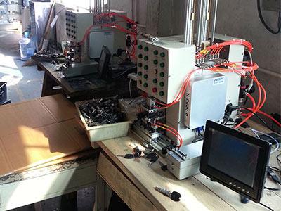 SA2000B锁芯弹簧自动装配系统2.jpg